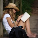 Girl-Writing-ruifernandes-flickr-creative-commons
